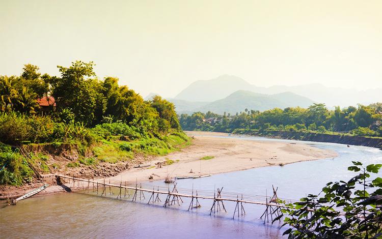 เที่ยวลาว, เที่ยววังเวียง, แม่น้ำซอง